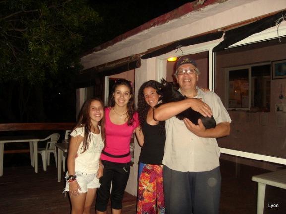 Valentina, Debi, Ma de los Angeles, Pipo y yo