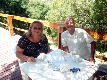 Los tortolitos, Liliana y Horacio