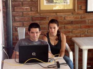 Carlos y Natalia con caras de dormidos