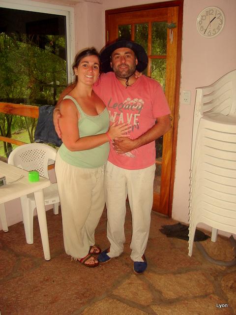 Daniela Bensusan y Carlos Pregno (que look! jaja!!)