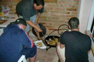 Haciendo empanadas mmmm!!