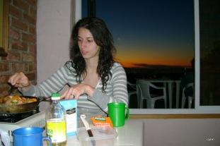 Anabela cocinando...!