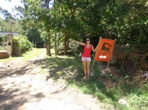 Sole indicando la entrada de nuestro Camping