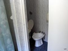 Toilette y bidet en ambos vestuarios