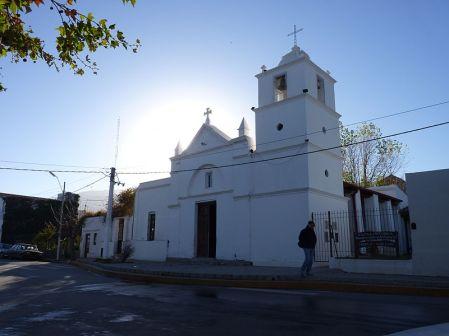 800px-Iglesia_Histórica_-Nuestra_Señora_del_Rosario-_-_Merlo_-_San_Luis