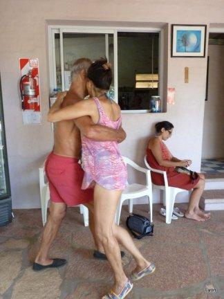 Héctor y Anna un corte y una quebrada